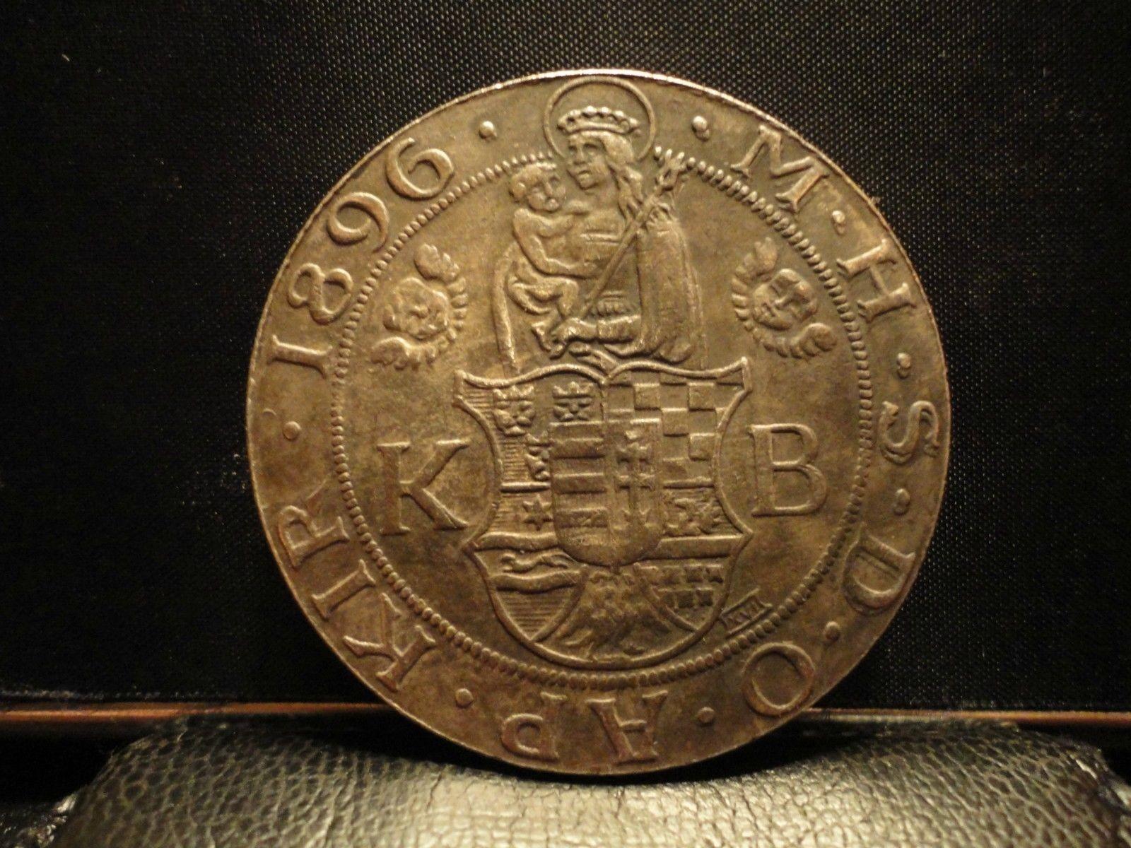 http://www.koronaportal.hu/hirek/1896-os-milleniumi-taller-emlekveret/1896-os-millenniumi-taller-kinai-hamis-replika_04.jpg