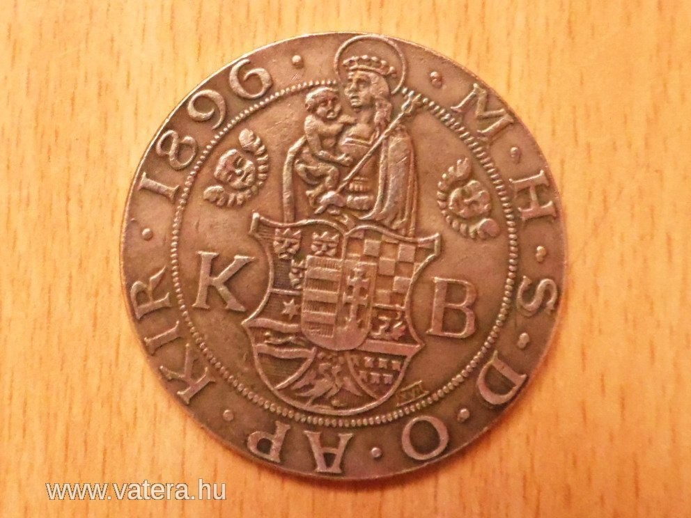 http://www.koronaportal.hu/hirek/1896-os-milleniumi-taller-emlekveret/1896-os-millenniumi-taller-kinai-hamis-replika_06.jpg
